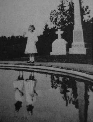 Mysterious Photo of Dead Twin Sister