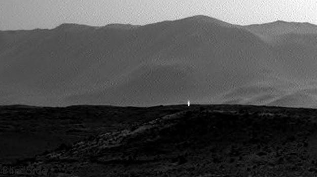 Mysterious Photo of Life on Mars
